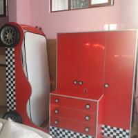 Çilek arabalı genç mobilya odası takimi
