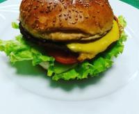 Hamburger Duraqfastfood'da yenir