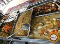 Kavurma ,dolma ,nohut ,tavuk haşlama, bulgur ve pirinç pilavı, patlıcan musakka, alanya
