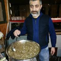 Soğuk günlerin tek içeceği paça çorbası Ahbab da içilir